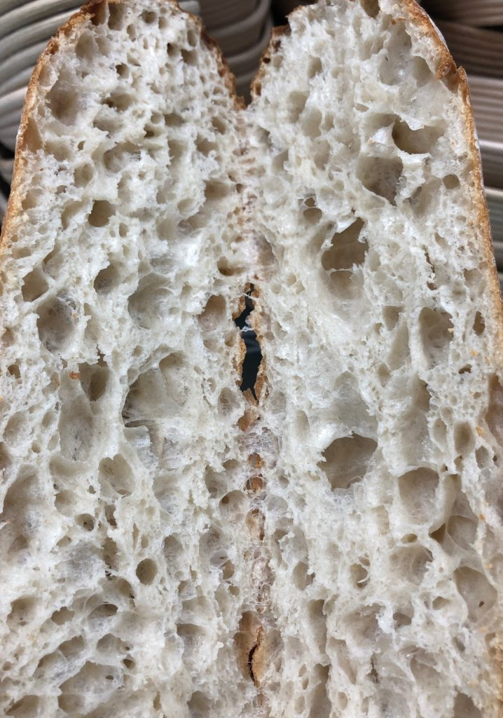 "alt=""wholesale of artisan rustic white bread"""